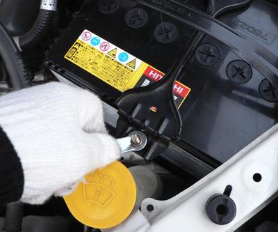 Car_battery_08